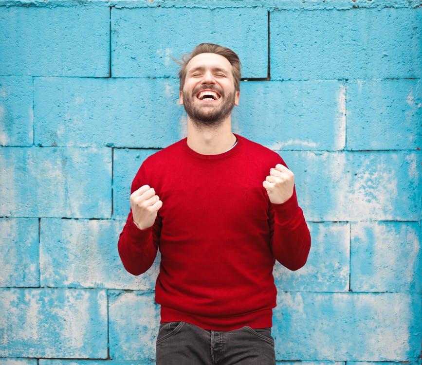 Penge kan gøre dig lykkelig. Se hvordan her!